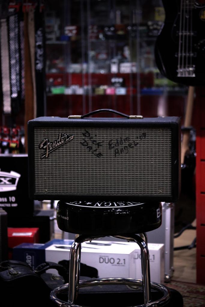 Reparación de amplificador de Fender